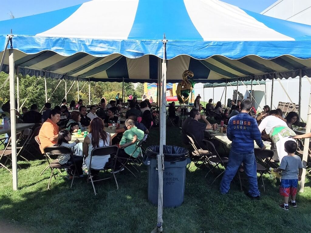AGS employees enjoy an afternoon of food, games, and a raffle with prizes.